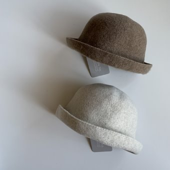 mature ha. bell hat cashmere & lamb
