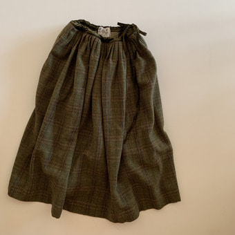 R&D.M.Co-  british wool tweed skirt
