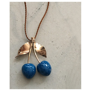 hand made necklace cherry(blue)
