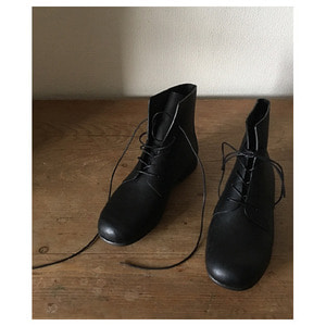 Brion(black)37,38