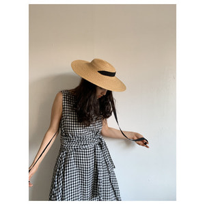 mature ha. straw hat middle Natural