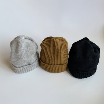 mature ha. cashmere pleats knit cap